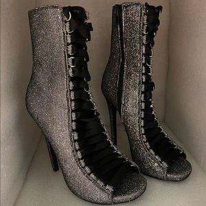 Steve Madden FEVER high heel booties